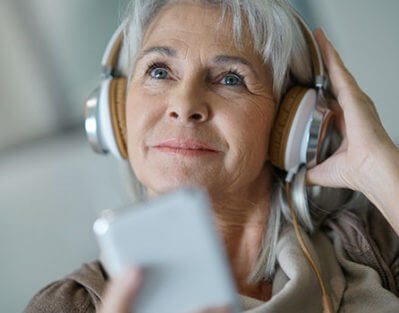 6 Exciting Activities for Seniors with Alzheimer's in Barrie, ON