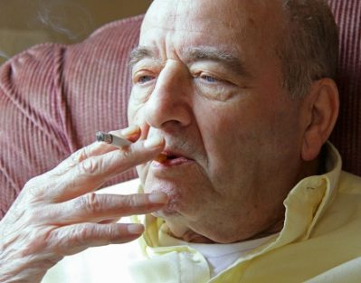 What Reasons Older Smokers Need to Quit Immediately in Barrie, ON