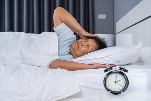 Tips to Address Sleep Problems Caused by Sundowning in Barrie, ON