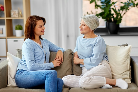 How to Care for an Aging Parent without Intruding on Independence in Barrie, ON